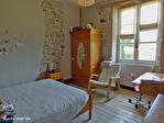 Correze. Treignac.  Superbe maison en pierre avec 4 chambres, garage et jardins de 1140m2. 17/18