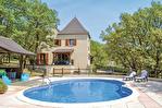 LOT. MONTGESTY.  Maison traditionelle ,avec piscine et jardin arboré=156m2 habitable 17/18