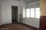LOT.  PUY L EVEQUE :  Maison partager en 4 apartement à renover  belle vues 3/9