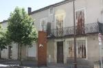 LOT.  PUY L EVEQUE :  Maison partager en 4 apartement à renover  belle vues 4/9