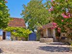 LOT.  Cavagnac.  Magnifique maison en pierre avec 3 chambres, 3 gites spacieux en pierre, grange et piscine. 3/18