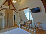 LOT.  Cavagnac.  Magnifique maison en pierre avec 3 chambres, 3 gites spacieux en pierre, grange et piscine. 15/18