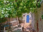 LOT.  Cavagnac.  Magnifique maison en pierre avec 3 chambres, 3 gites spacieux en pierre, grange et piscine. 18/18