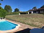 TARN ET GARONNE.  MONTAIGU DE QUERCY .  Maison plan pied avec 2 chambres, jardin et piscine 18/18