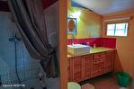 CORREZE.  Proche de TREIGNAC.  Maison avec 2 chambres sur un niveau avec garage et 2 pieces studio séparé. 9/18