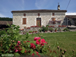 LOT ET GARONNE .  PRES PENNE D'AGENAIS   Ferme en pierre avec 4 chambres, dependants, 5 hectares 2/18
