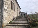 LOT ET GARONNE .  PRES PENNE D'AGENAIS   Ferme en pierre avec 4 chambres, dependants, 5 hectares 5/18