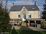 Manche- Sourdeval - Maison de 3/4 chambres superbement rénovée avec dépendances, terrain et vue imprenable 1/18