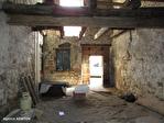 TARN ET GARONNE.  LAUZERTE   Maison au village avec 2 chambres, balcon et grange à renover attenante 18/18