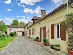 DORDOGNE. Saint Martial d'Artenset (24700).  Une maison de village de caractère de six chambres avec des possibilités d'aménagement 1/18