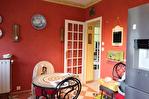 CORREZE. St Augustin. Maison avec 4 chambres, garage, abri de vehicule et jardin de 1462m2. 10/18