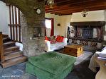 COTES D'ARMOR - MAEL-PESTIVIEN - Grande maison de 5 chambres avec dépendances à rénover. 7/18