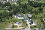 FINISTERE-SCAER- Une superbe maison individuelle de 5 chambres, avec une piscine couverte chauffée au centre de la ville. 8/18