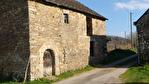 Cotes D'Armor, La Prenessaye.ancienne grange en pierre de 1657, à rénover entièrement, 115m2, avec grange en bois, & terrain. 3/10