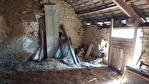 Cotes D'Armor, La Prenessaye.ancienne grange en pierre de 1657, à rénover entièrement, 115m2, avec grange en bois, & terrain. 5/10