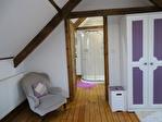 FINISTERE-KERGLOFF- Une propriété magnifiquement présentée avec 2 grandes chambres et 2 salles de bain 17/18
