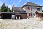 CORREZE.  Chamboulive.  Maison en pierre avec 4 chambres (potentiel pour 5), puits, four à pain, atelier, abri de voiture et jardins de 925m2. 4/18