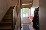 CORREZE.  Chamboulive.  Maison en pierre avec 4 chambres (potentiel pour 5), puits, four à pain, atelier, abri de voiture et jardins de 925m2. 13/18