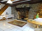 COTES D'ARMOR -COTES D'ARMOR- GLOMEL - Une maison individuelle à vendre au centre d'un joli village. 9/18