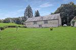 CORREZE. St Hilaire les Courbes.  Merveilleuse grange en pierre convertie avec 2 chambres, plus d'espace pour la conversion et plus de 1 hectare de beau terrain. 1/18