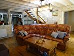 COTES D'ARMOR -PLELAUFF :  Une superbe maison indépendante de 5 chambres, avec un grand pool house avec piscine chauffée! 8/18