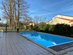 BREUILLET CENTRE - VILLA 7 pièce(s) 190 m2 hab. + piscine 16/16