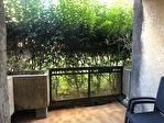 A louer studio meublé parking terrasse 2/5