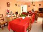 Maison de plain-pied bien entretenue située à 10 mn de Cognac dans un petit village avec boulangerie 3/10