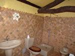 Maison charentaise à moderniser, située dans un parc proche de Jarnac 17/18