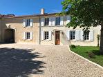 Magnifique maison charentaise, entièrement rénovée avec de belles prestations 1/18