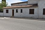 Dans le village de TEYRAN Appartement 3 pièces avec terrasse 4/8
