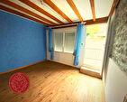 EXCLU : FLEURIEUX, Maison de 102 m² avec cour 4/7