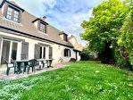 Maison Saint Leu La Foret 7 pièce(s) 150 m2 Mi-coteaux 12/12