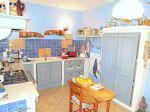A Gordes maison récente et ancien moulin vendus en vente à terme occupée 7/13