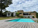 Villa d'architecte, 3 chambres, piscine, sur 1790m² de terrain 12/16
