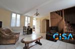 Maison Grandfresnoy 7 pièce(s) 150m2 4/13
