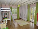 Maison familiale avec beau terrain boisé 6 pièce(s) 203 m2 7/12