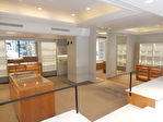 Avenue Victor Hugo - Local commercial  149 m² +  cave  19,80 m² 5/11