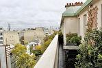 16è Appartement  2 pièce(s) 49 m² avec 2 belles Terrasses  donnant sur la Tour Eiffel 1/8