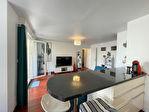 Grand Appartement 2 pièces + terrasse 4/10