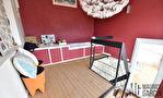 A VENDRE  Magnifique Maison  de village  de 175 m2  avec cours terrasse et garage 12/13