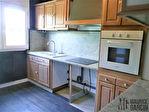 A vendre bel appartement terrasse, garage et grande cave dans parc 2/12
