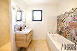 Maison contemporaine 6 pièce(s) 150 m2 avec piscine à Piolenc 10/18