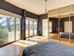 Maison d'architecte 7 pièce(s) 318 m2 terrain 3947 m2 8/9