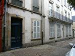 LOCAUX PROFESSIONNELS  150 m² 7/11