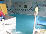 Maison avec piscine intérieure chauffée 1/4