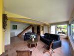 Superbe villa de 226 m² avec 5 chambres et piscine 8/18