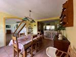 Superbe villa de 226 m² avec 5 chambres et piscine 10/18