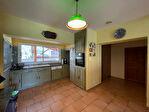 Superbe villa de 226 m² avec 5 chambres et piscine 11/18