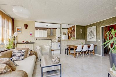 Appartement Champs Sur Marne 4 pieces 93 m2